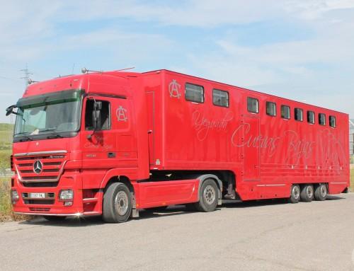 Vehículo para transporte de caballos