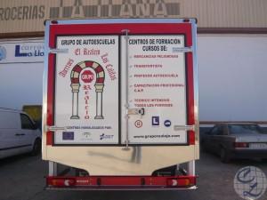 Camión rigido autoescuela Los Califas